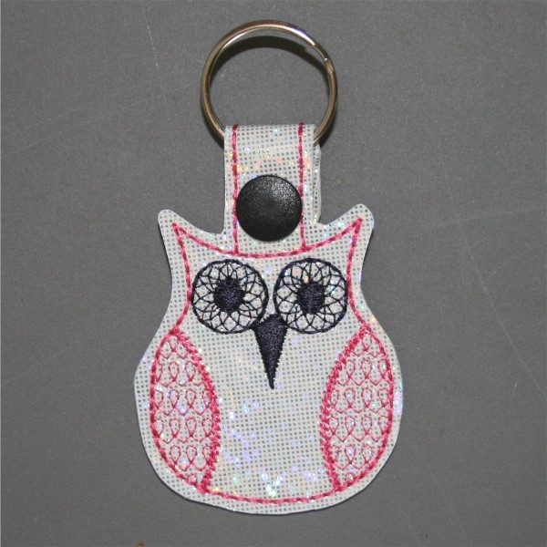 groovy owl key ring in pink