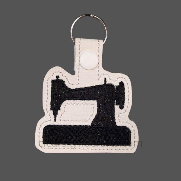 sewing machine key ring - black