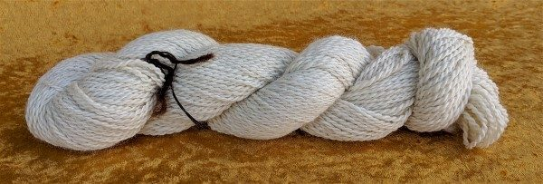 dk weight white alpaca yarn from Placid