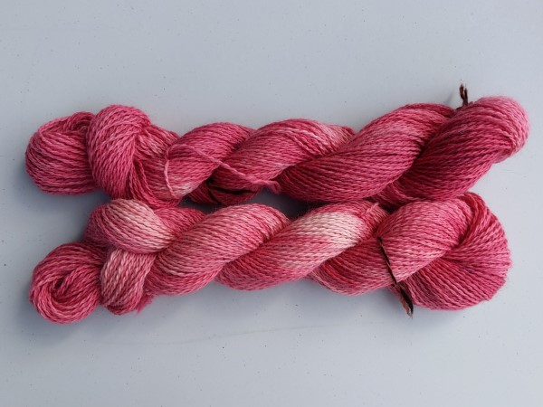 Placid sport alpaca yarn - hand=dyed red pink and white