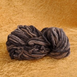 Dark Alpaca Rug Yarn – Core spun