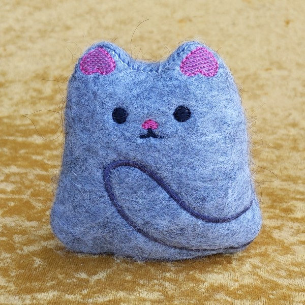alpaca kitty - cute hand crafted stuffed kitty made of alpaca felt