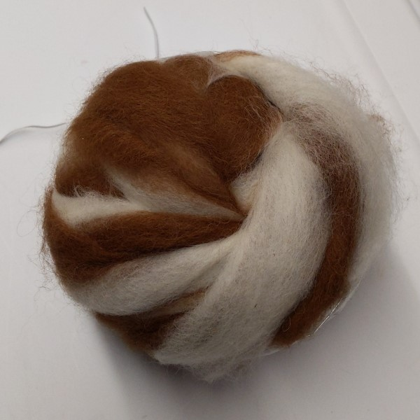 alpaca roving brown and white